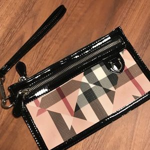 Burberry Nova Chek Wristlet (Authentic)